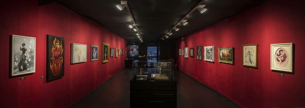 Amandine Urruty - Dorothy Circus Gallery